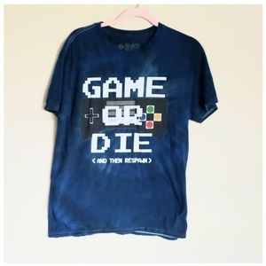 Black Matter Graphic T.  Game or Die  sz L. Blue